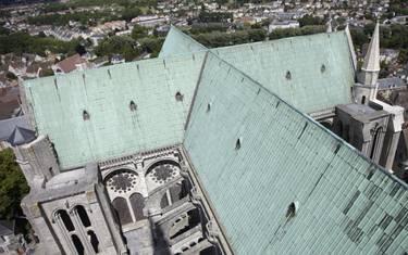 Vue d'ensemble de la toiture de la cathédrale de Chartres