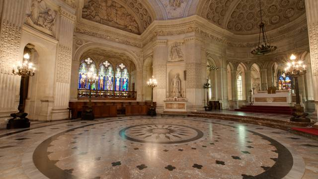 Visite guidée de la chapelle Royale Saint-Louis
