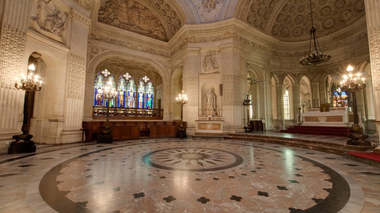 Visite guidée de la chapelle Royale Saint-Louis