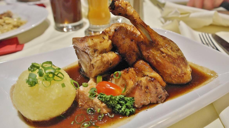 Déjeuner dans un restaurant du centre ville de Chartres