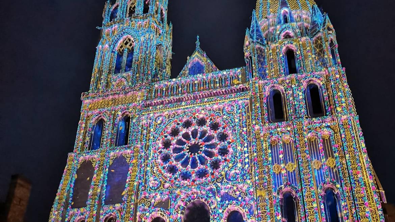 Découverte libre de Chartres en lumières