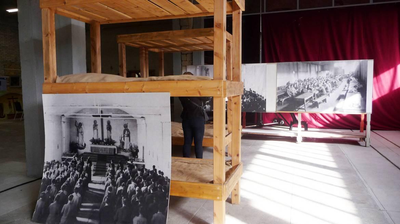 Visite d'un camp de prisonniers (Séminaire des Barbelés)