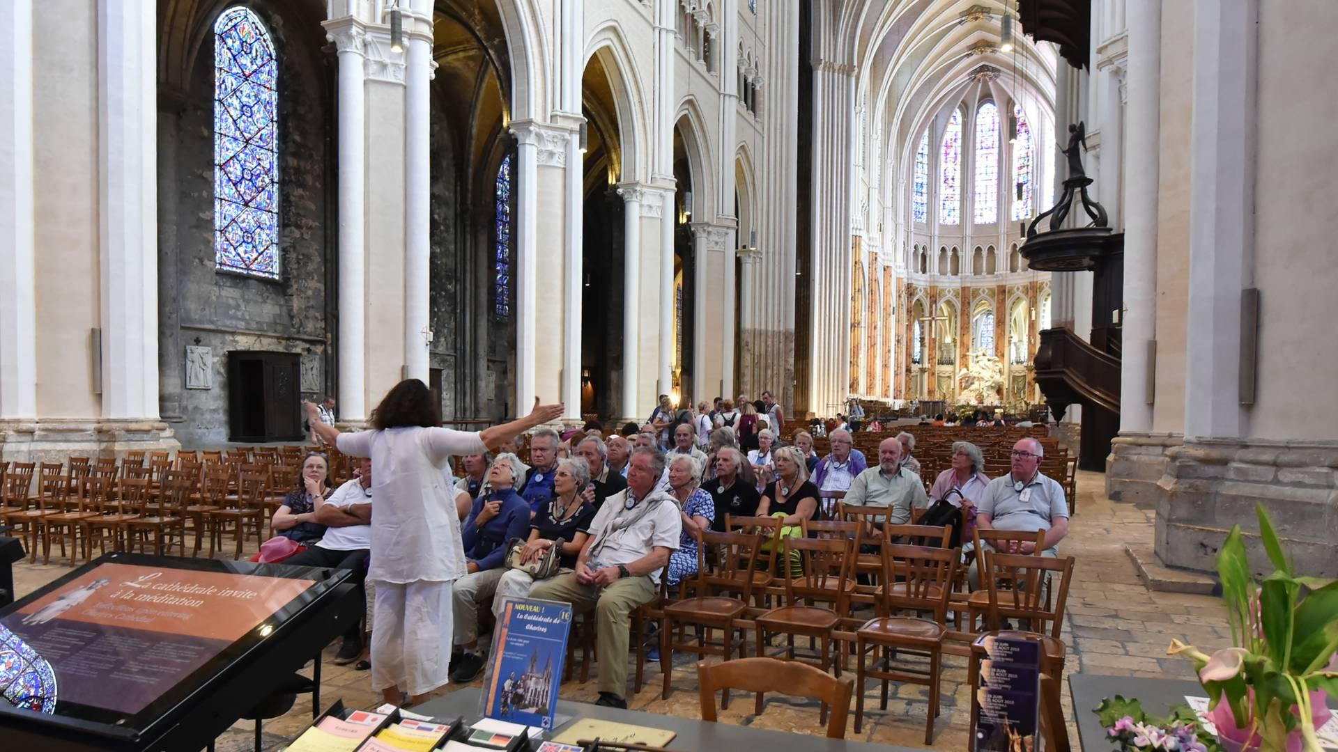 Visiter la cathédrale de Chartres avec un guide - Copyright Chartres Tourisme - Xavier Martino