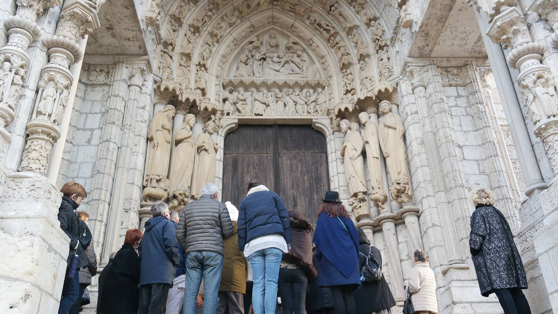 Visit the cathedral as a group